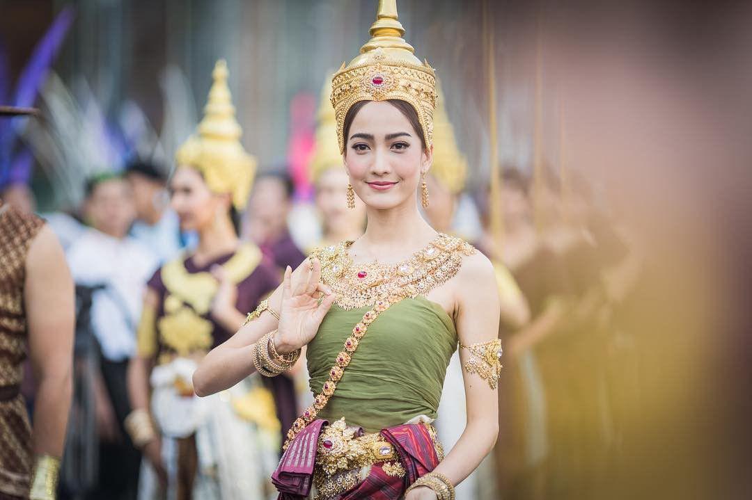 Ngắm nhăn sắc đỉnh cao của dàn mỹ nhân Tbiz khi hóa nữ thần tại Songkran 2019 (14)