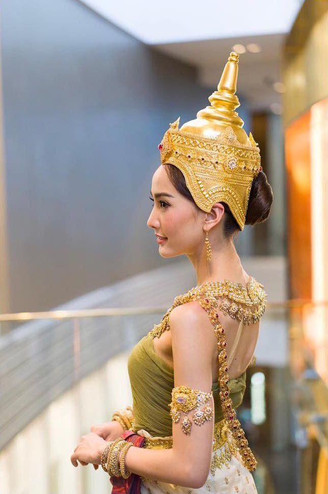 Ngắm nhăn sắc đỉnh cao của dàn mỹ nhân Tbiz khi hóa nữ thần tại Songkran 2019 (15)