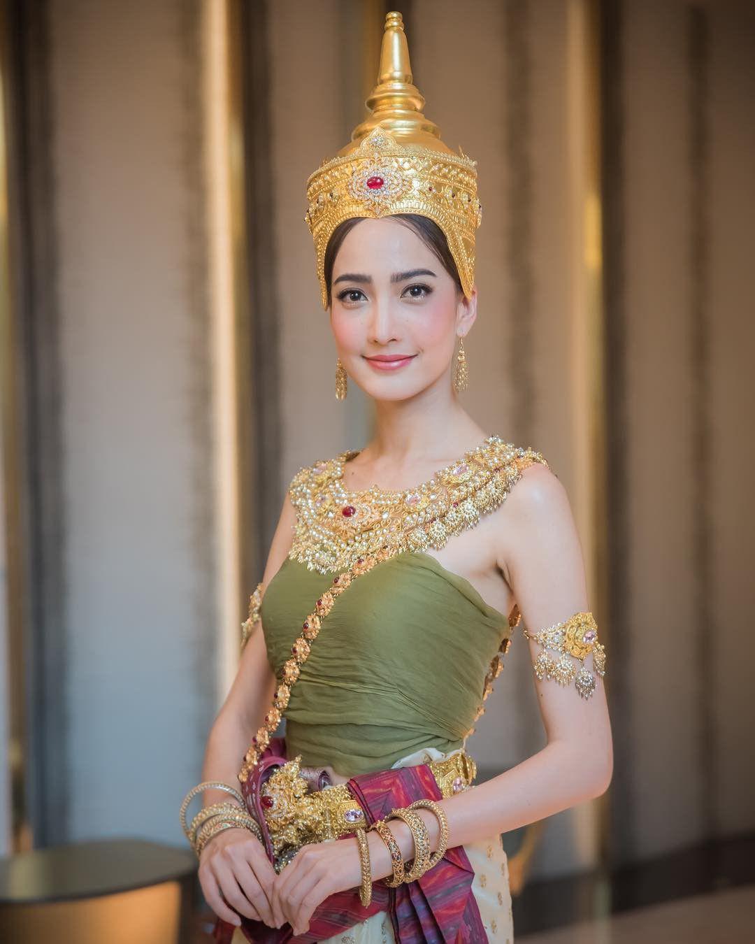 Ngắm nhăn sắc đỉnh cao của dàn mỹ nhân Tbiz khi hóa nữ thần tại Songkran 2019 (16)