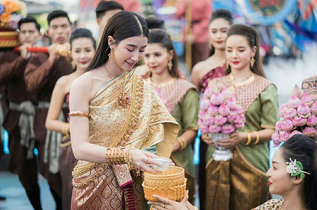 Ngắm nhăn sắc đỉnh cao của dàn mỹ nhân Tbiz khi hóa nữ thần tại Songkran 2019 (19)