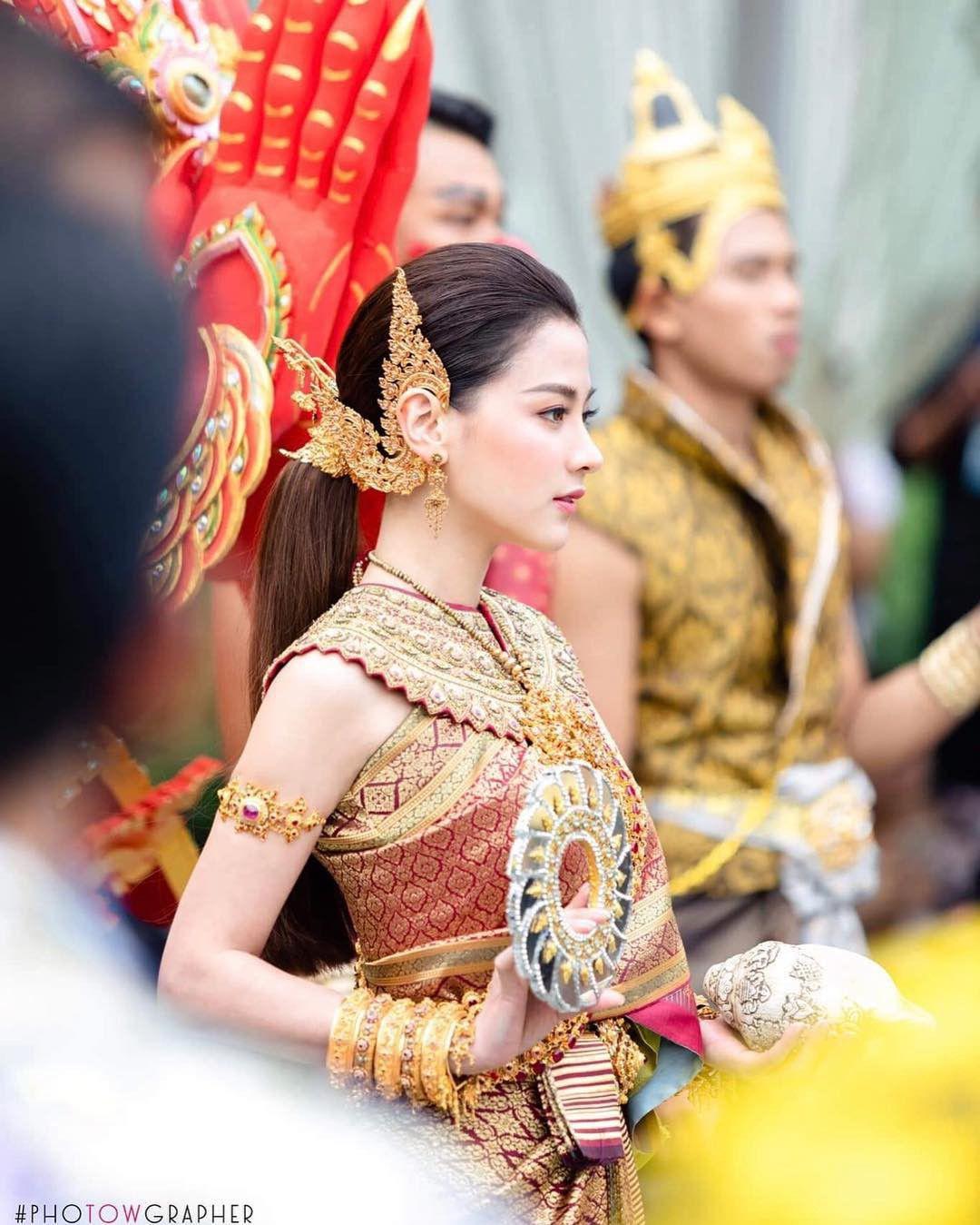 Ngắm nhăn sắc đỉnh cao của dàn mỹ nhân Tbiz khi hóa nữ thần tại Songkran 2019 (2)