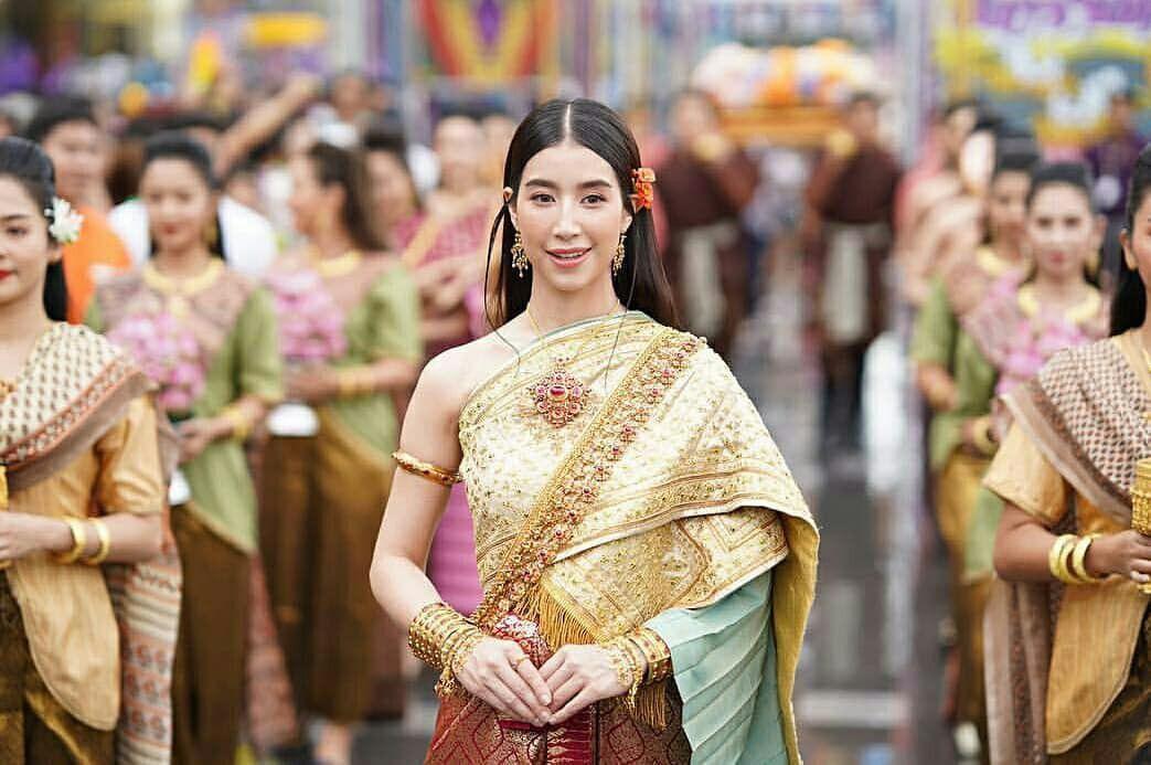 Ngắm nhăn sắc đỉnh cao của dàn mỹ nhân Tbiz khi hóa nữ thần tại Songkran 2019 (20)