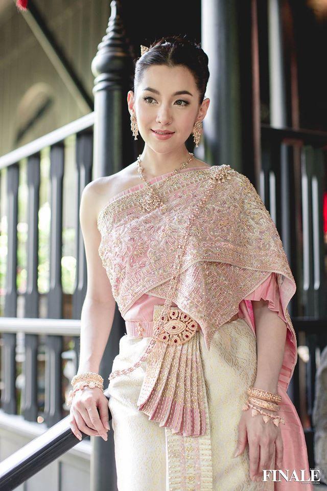 Ngắm nhăn sắc đỉnh cao của dàn mỹ nhân Tbiz khi hóa nữ thần tại Songkran 2019 (8)