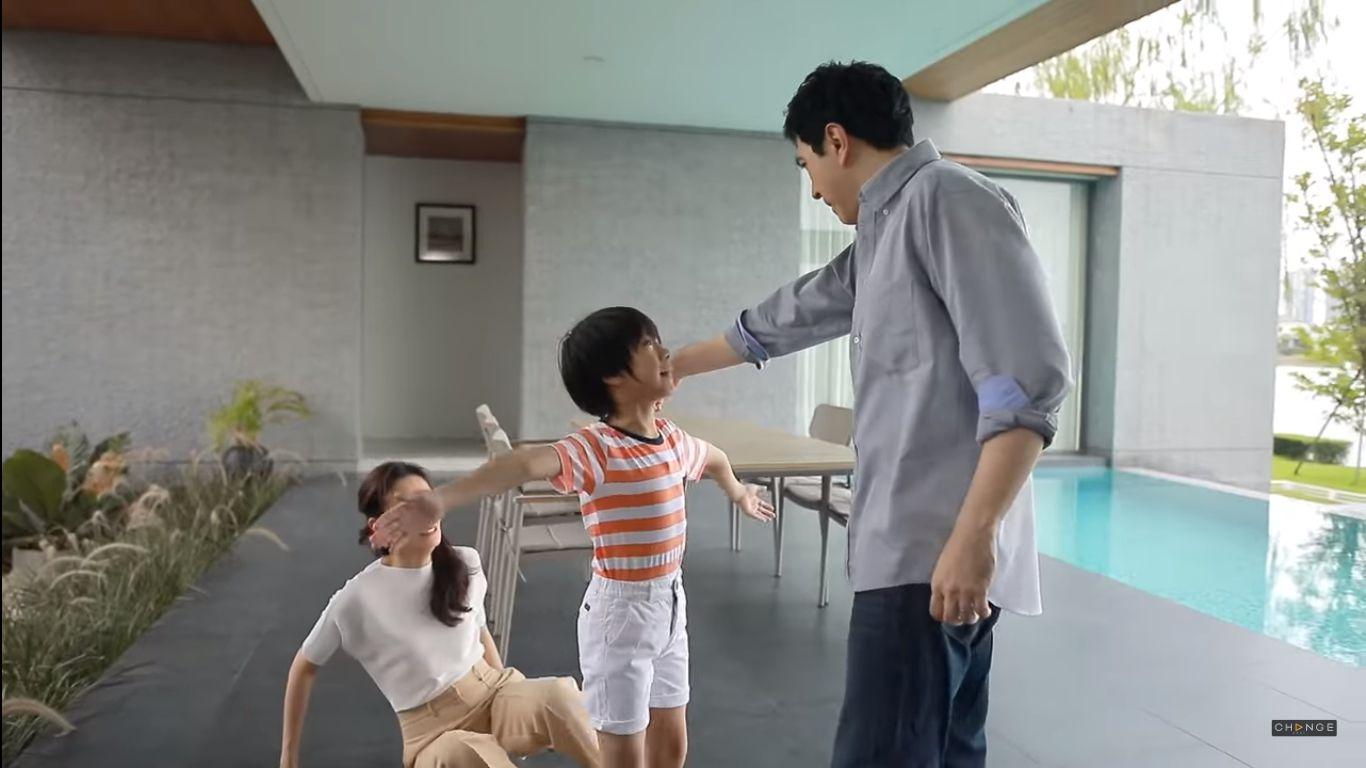 Phim Chiếc lá bay của Baifern Pimchanok tung teaser vô cùng cẩu huyết (2)