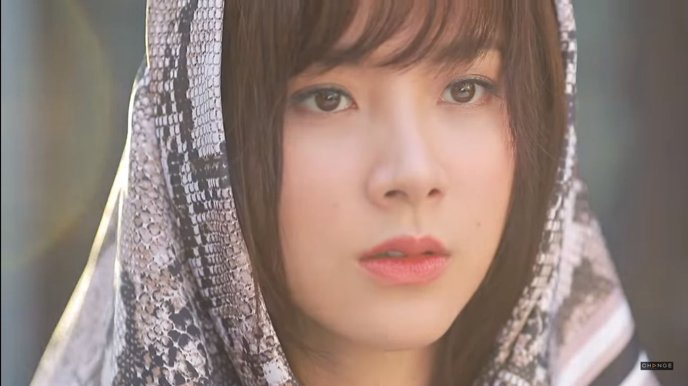 Phim Chiếc lá bay của Baifern Pimchanok tung teaser vô cùng cẩu huyết (4)