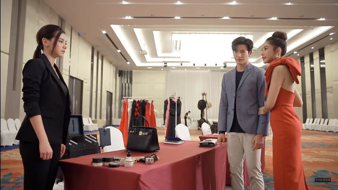 Phim Chiếc lá bay của Baifern Pimchanok tung teaser vô cùng cẩu huyết (8)