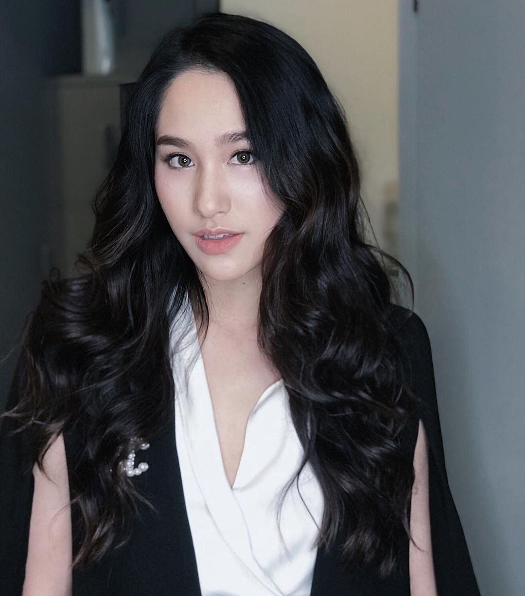 Danh sách những ngôi sao tuổi Hợi nổi tiếng đình đám màn ảnh Thái Lan (15)