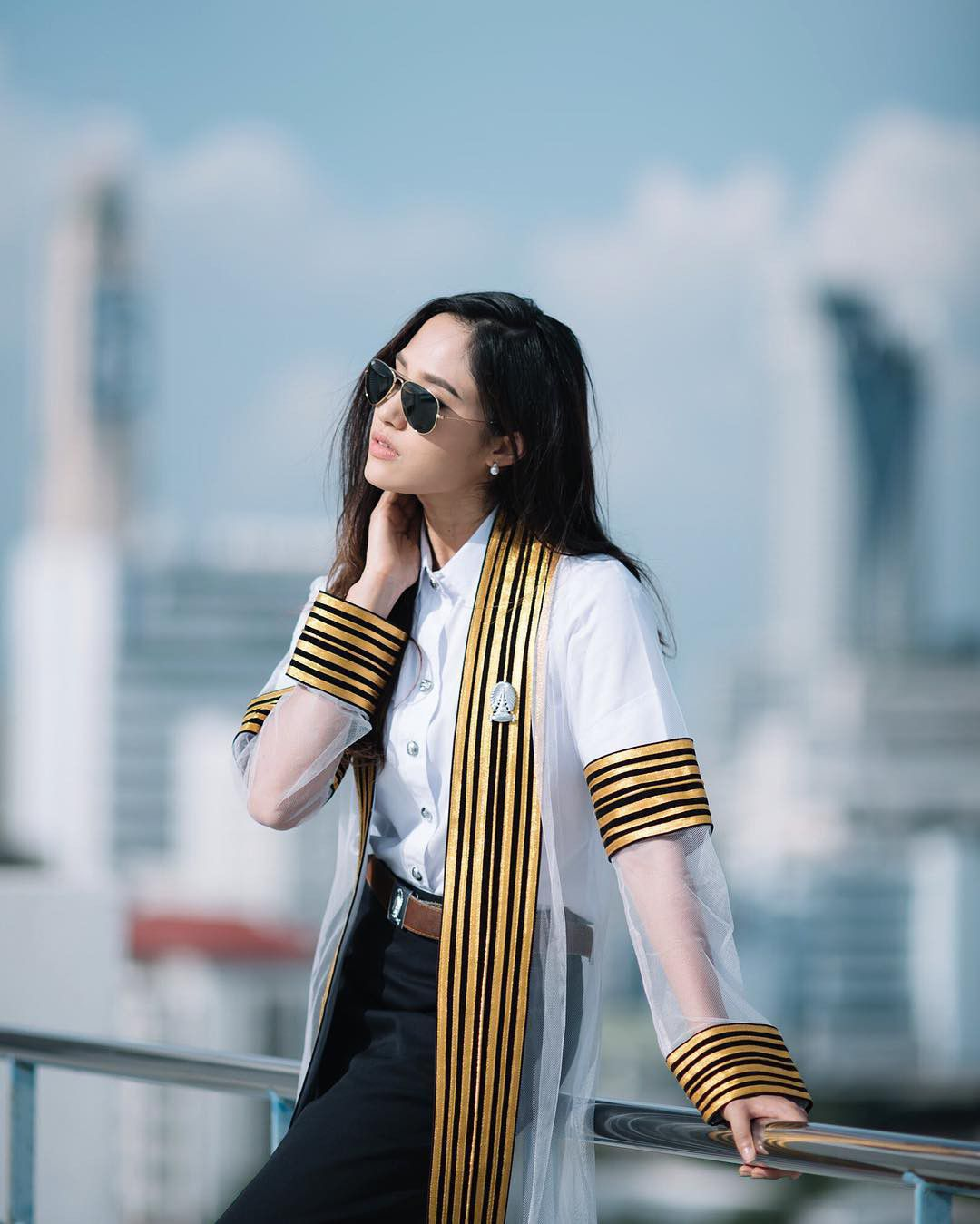 Danh sách những ngôi sao tuổi Hợi nổi tiếng đình đám màn ảnh Thái Lan (17)