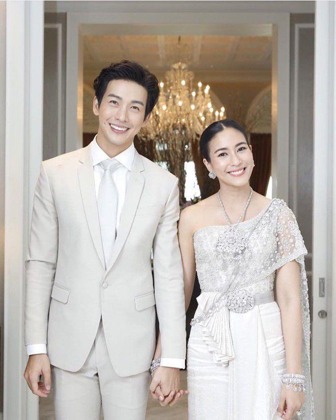 Danh sách những ngôi sao tuổi Hợi nổi tiếng đình đám màn ảnh Thái Lan (4)