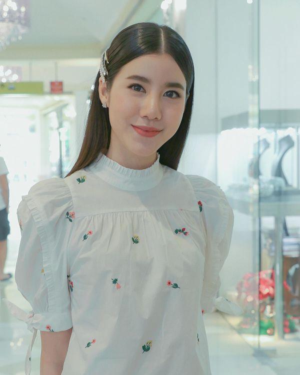 Mọt hóng phim mới của Esther Supreeleela với Pong Nawat hay Son Yuke? (1)