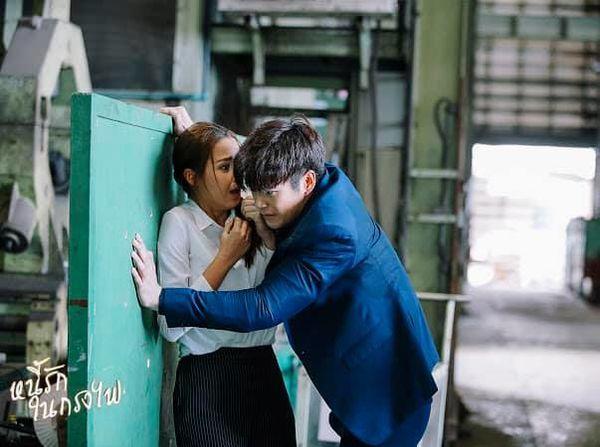 Phim Nợ tình trong lồng lửa Thái Lan gây sốt với chàng mafia cực soái (15)