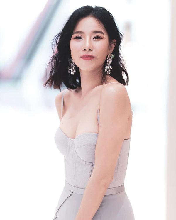 Qúy cô xinh đẹp Cris Horwang hóa tiểu tam trong phim Bản lĩnh người vợ (1)