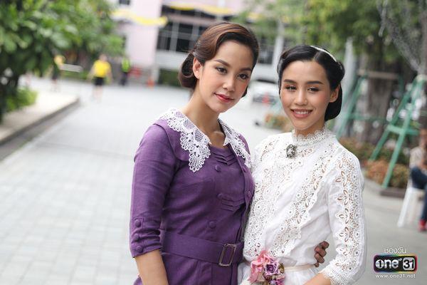 Liệu Ruk Laek Pop sẽ là chuyện tình tay ba của trai đẹp Film Thanapat? (15)