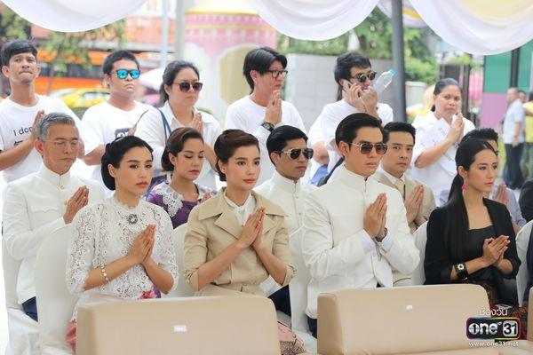 Liệu Ruk Laek Pop sẽ là chuyện tình tay ba của trai đẹp Film Thanapat? (6)