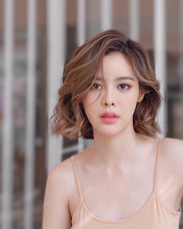 """Ken Phupoom nhận kịch bản phim mới """"Maya Sanaeha"""" của đài 3 (4)"""