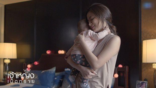3 mẹ bỉm sữa độc nhất vô nhị được yêu thích trên màn ảnh Thái (2)