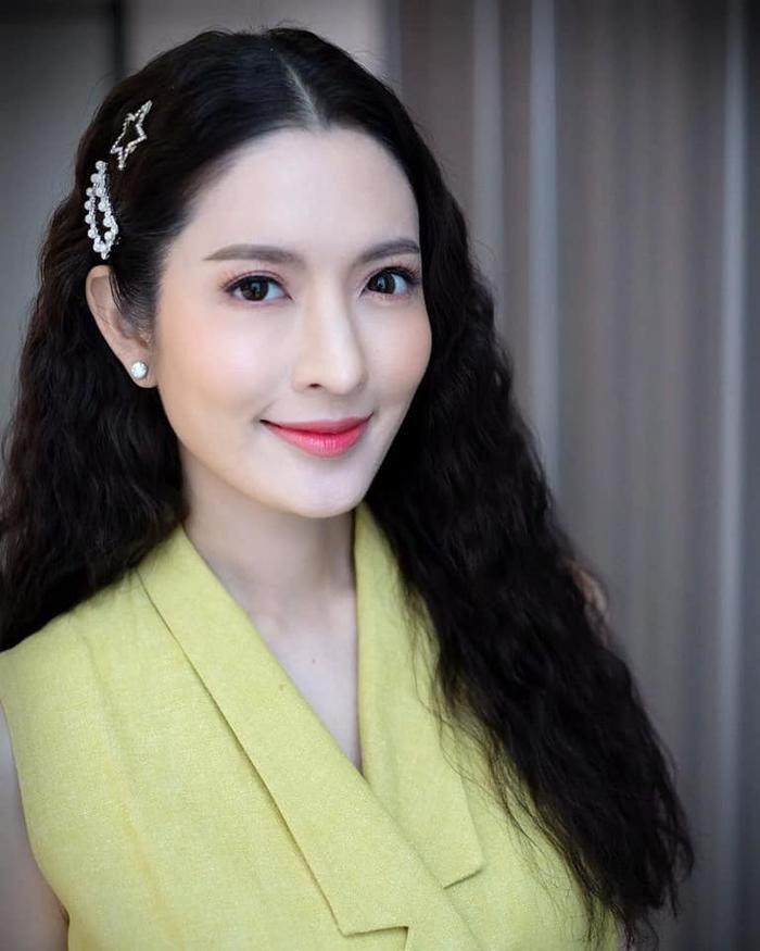 Nữ diễn viên Aff Taksaorn tái xuất màn ảnh nhỏ sau cuộc hôn nhân tan vỡ (3)
