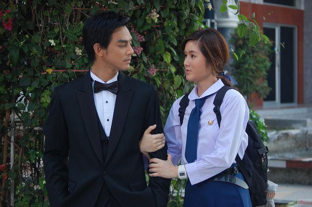 """4 phim Thái Lan bóc phốt về sự đáng sợ khi """"ném đá"""" trên MXH (11)"""