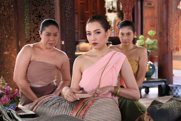 """Drama """"Mẹ chồng - nàng dâu"""" trên màn ảnh Thái: Cay nghiệt và oan trái (9)"""