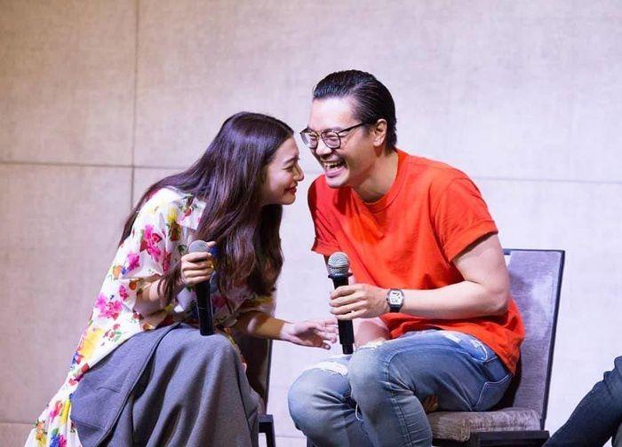 Mew Nittha sánh đôi cùng James Ma trong phim Kaew Tah Tee Sarm (9)