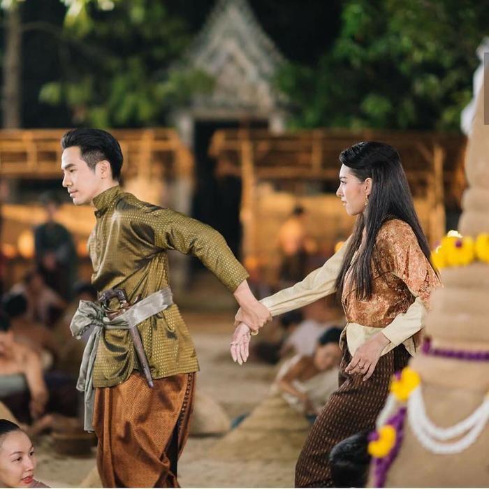 Thầy lang trúng mánh: Phim truyền hình Thái đầu tiên có mặt trên Netflix (11)