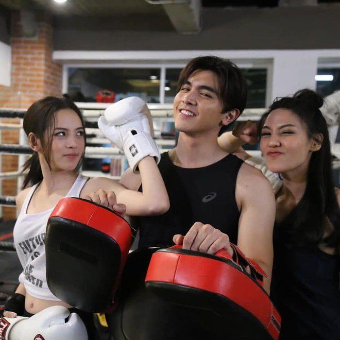 Top 10 phim truyền hình Thái của đài CH3 có rating cao nhất tập cuối (8)