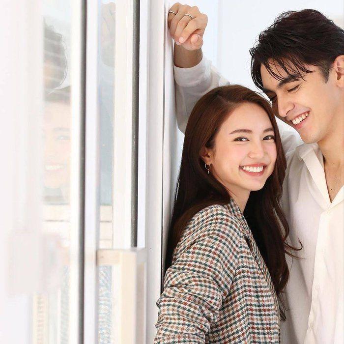 """Chia sẻ của Pon Nawasch và Bua Nalinthip về phim mới """"Minh châu rực rỡ"""" (9)"""