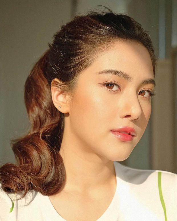 Cùng điểm mặt dàn mỹ nhân tuổi Tý gây bão showbiz Thái năm 2019 (12)