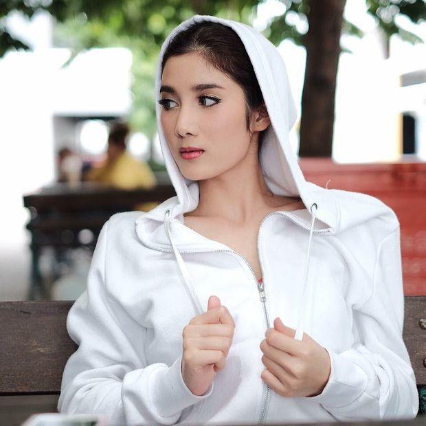Cùng điểm mặt dàn mỹ nhân tuổi Tý gây bão showbiz Thái năm 2019 (15)