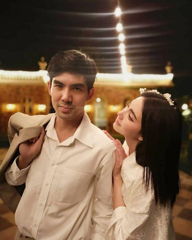 Mai Davika và Ter Chantavit thường lên đồ tông xuyệt tông đầy ngọt ngào (11)