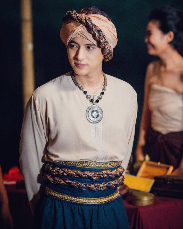 Top 4 nam thần phim cổ trang Thái Lan khiến mọt chết mê chết mệt (9)