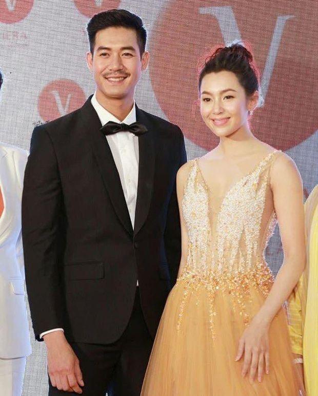 5 cặp đôi nổi tiếng nhất nhì showbiz Thái yêu mãi không chịu cưới (12)