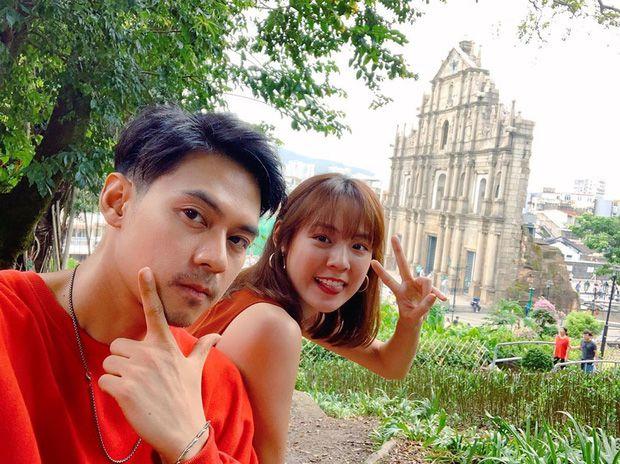 5 cặp đôi nổi tiếng nhất nhì showbiz Thái yêu mãi không chịu cưới (16)