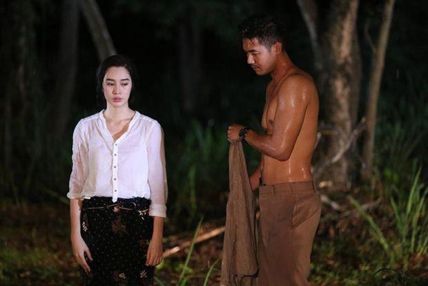 Mê mẩn 5 chàng nam thần siêng khoe body nhất màn ảnh Thái (11)