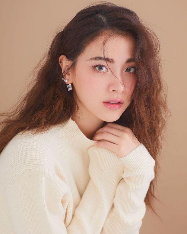 Top 6 sao nữ tài sắc vẹn toàn nhất showbiz Thái Lan (13)
