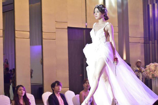Top 6 sao nữ tài sắc vẹn toàn nhất showbiz Thái Lan (15)