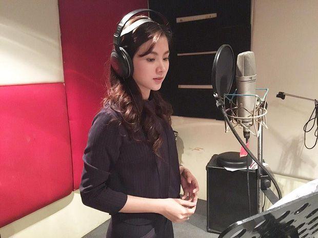 Top 6 sao nữ tài sắc vẹn toàn nhất showbiz Thái Lan (16)