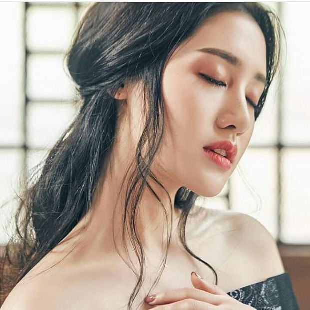 Top 6 sao nữ tài sắc vẹn toàn nhất showbiz Thái Lan (23)