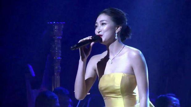 Top 6 sao nữ tài sắc vẹn toàn nhất showbiz Thái Lan (8)