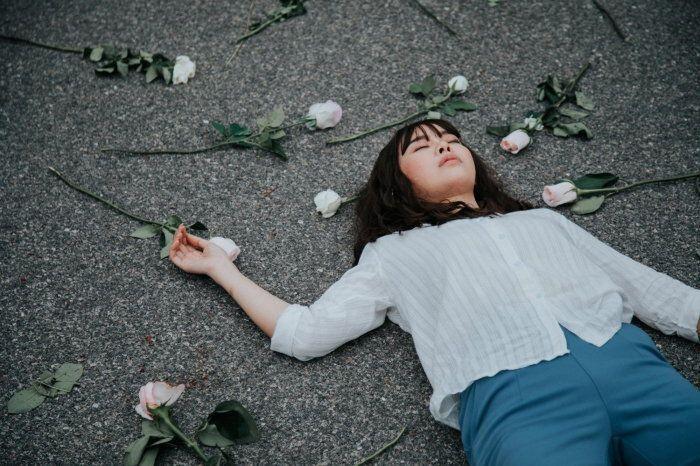 Lời Tiên Tri Của Tình Yêu: Bộ phim tình cảm và tâm linh huyền bí đầy thú vị (1)