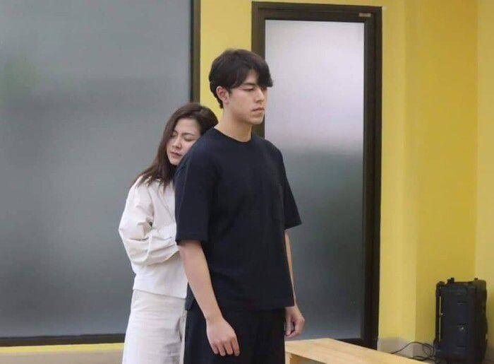Baifern Pimchanok khoe ảnh hậu trường phim Sợi dây chuyền hoàng lan (5)