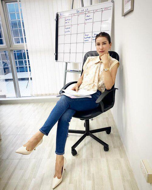 NSX Anne Thongprasom hé lộ thêm thông tin về bộ phim Là Em (4)