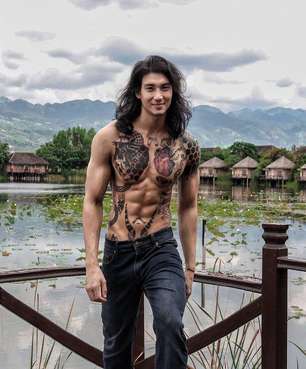 """Profile Paing Takhon: Chàng mẫu """"thầy tu"""" người Myanmar (4)"""