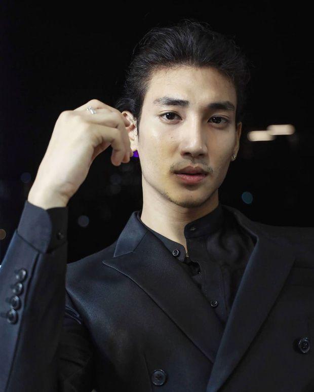 """Profile Paing Takhon: Chàng mẫu """"thầy tu"""" người Myanmar (7)"""