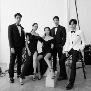 Phim Kim Ẩn Mũi Nhọn tung bộ ảnh fitting thả thính khán giả (18)